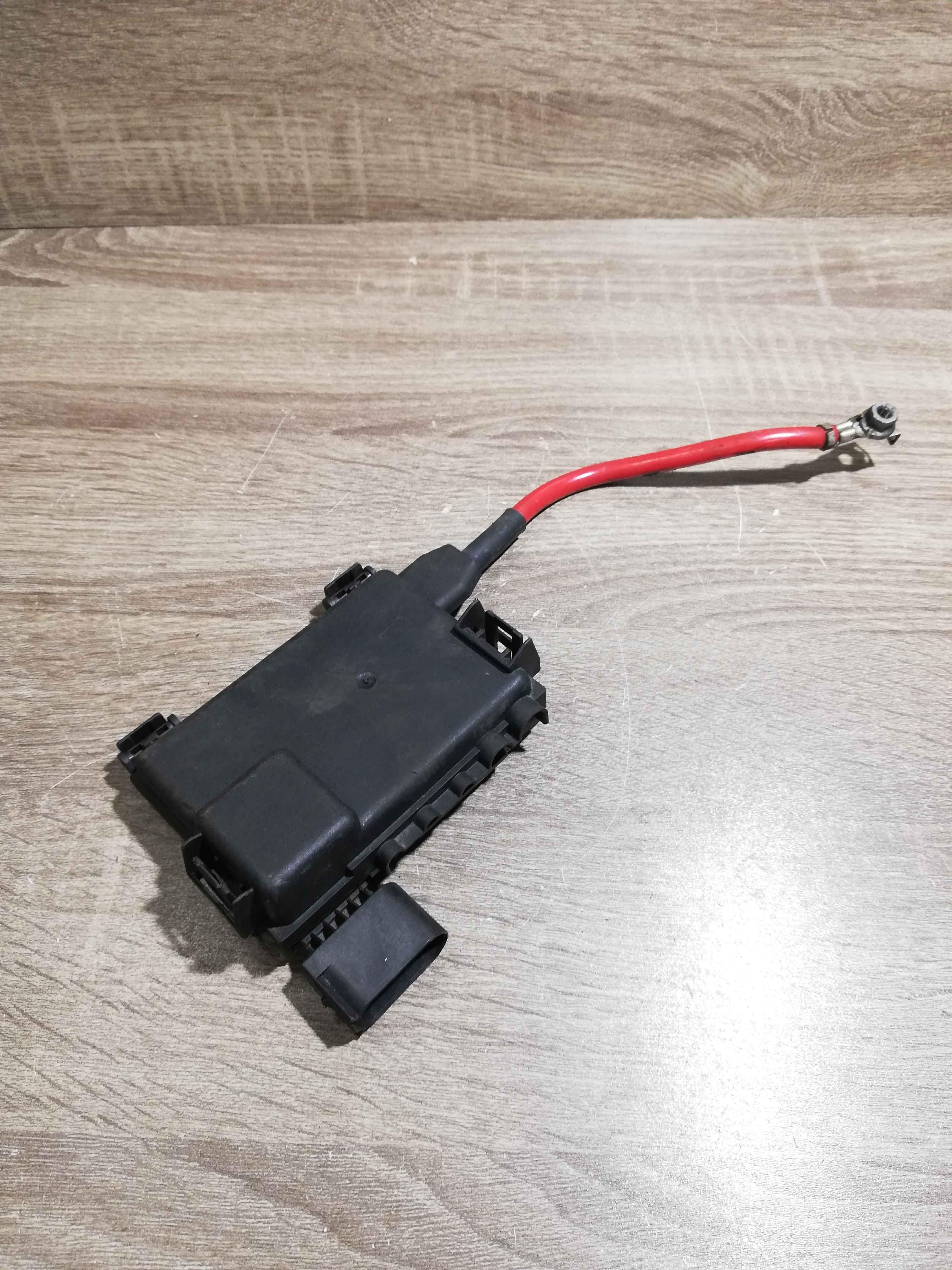 FORD-Galaxy-7M3937548A-YM2114B261AB-Batteria-Fusibile-Morsetto-Cavo-positivo