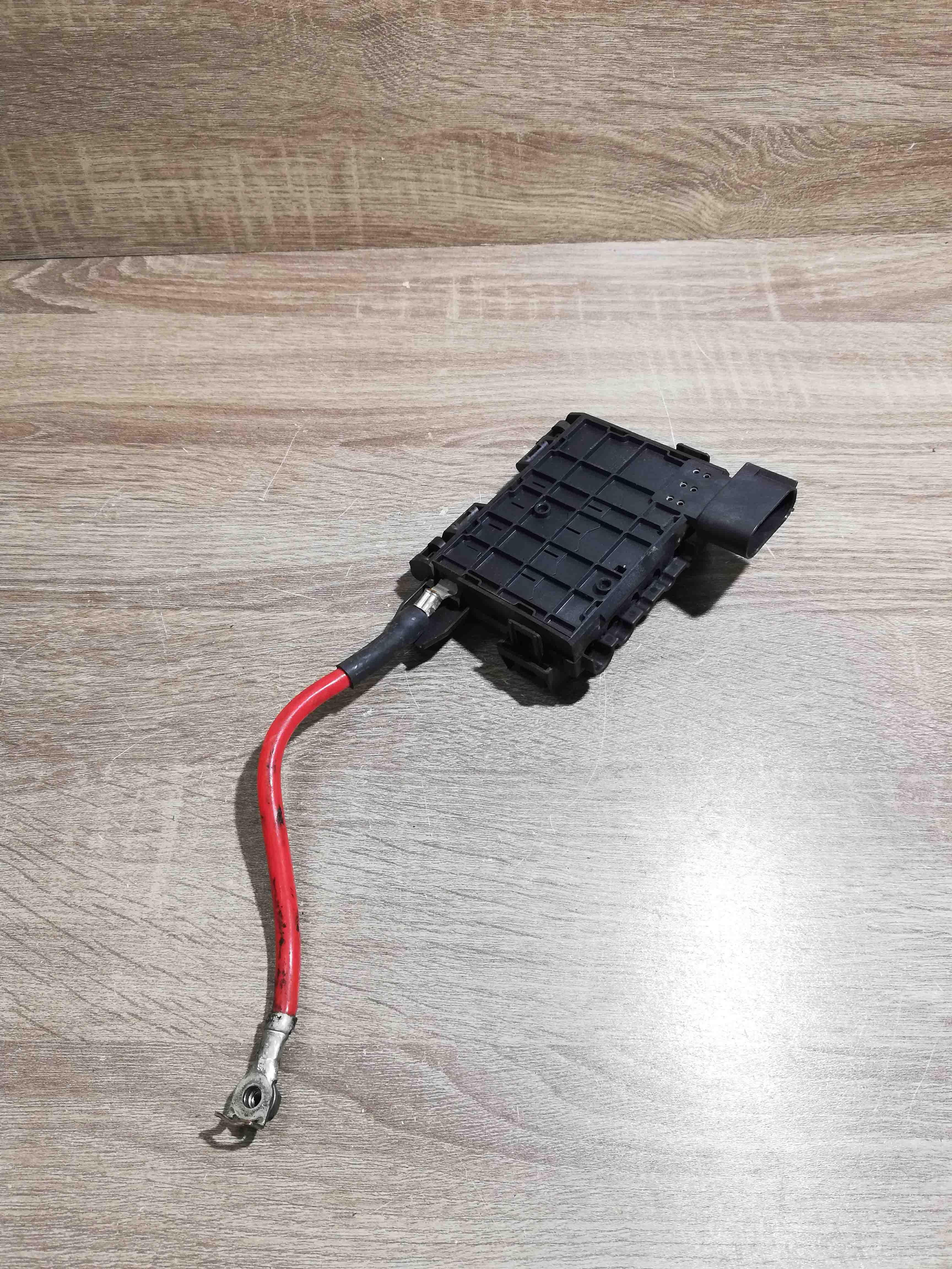 FORD-Galaxy-7M3937548A-YM2114B261AB-Batteria-Fusibile-Morsetto-Cavo-positivo miniatura 2